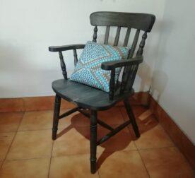 wooden-chair